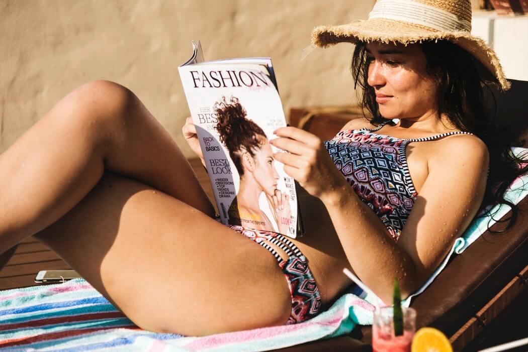 kobieta na basenie, blog depilacja.pl